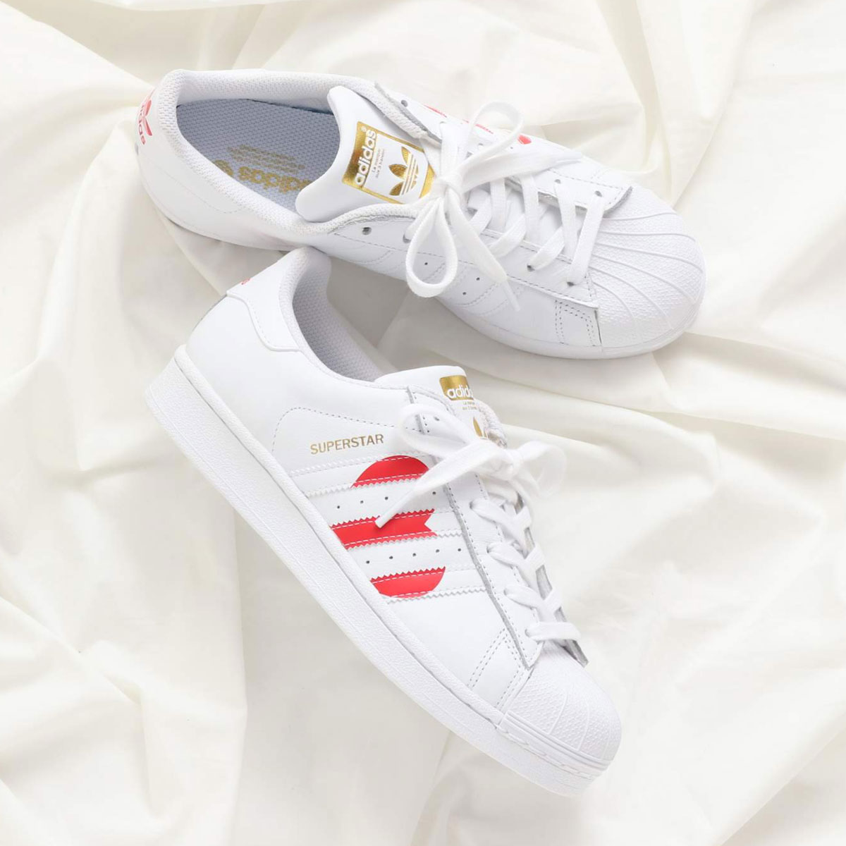 adidas Originals SUPERSTAR (アディダスオリジナルス スーパースター) RUNNING WHITE/COLLEGE RED/GOLD MET【メンズ レディース スニーカー】19SS-I