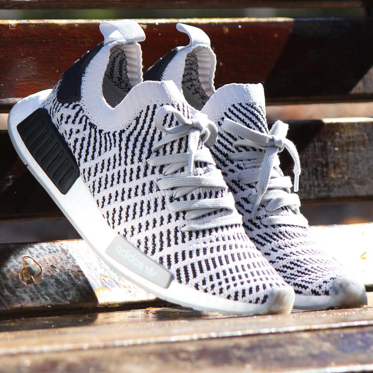 adidas Originals NMD_R1 STLT PK (アディダス オリジナルス エヌエムディー R1 STLT PK) Grey Two/Grey One/Core Black【メンズ レディース スニーカー】18SS-S