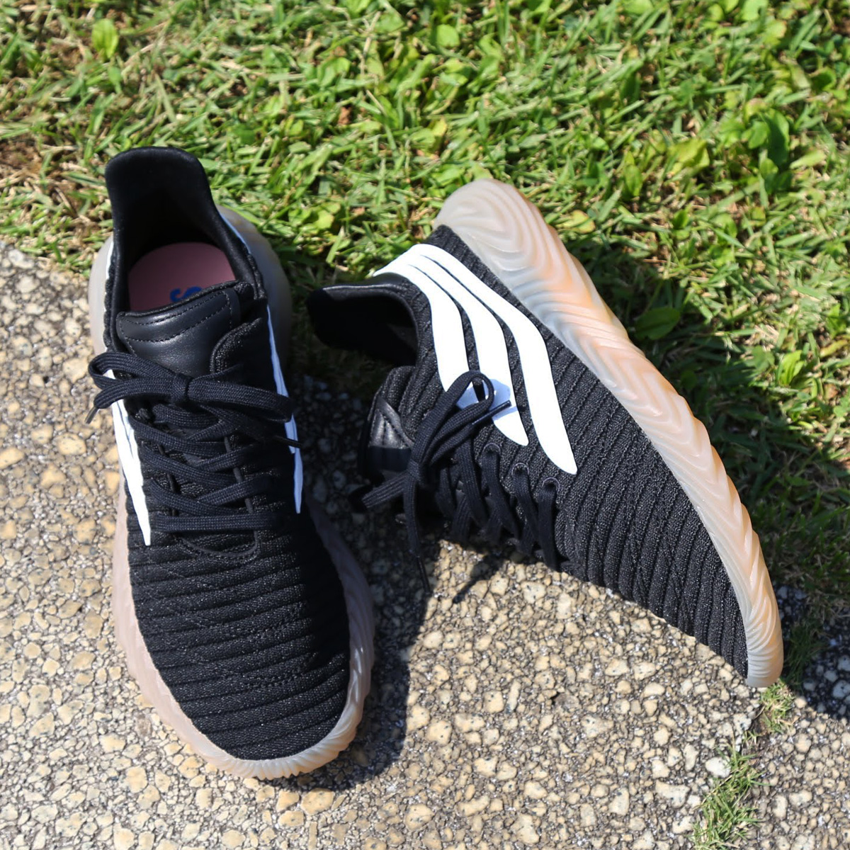 adidas Originals Sobakov(アディダス オリジナルス ソバコフ)CORE BLACK/RUNNING WHITE/GUM【メンズ スニーカー】18FW-I