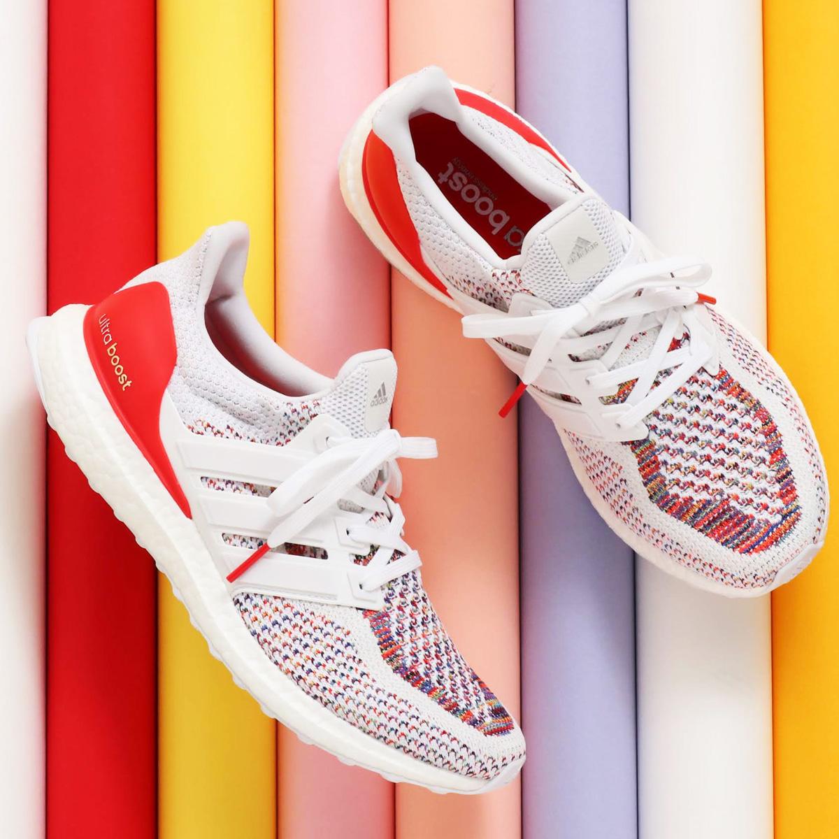 adidas UltraBOOST (アディダス ウルトラブースト) RUNNING WHITE/RUNNING WHITE/RED