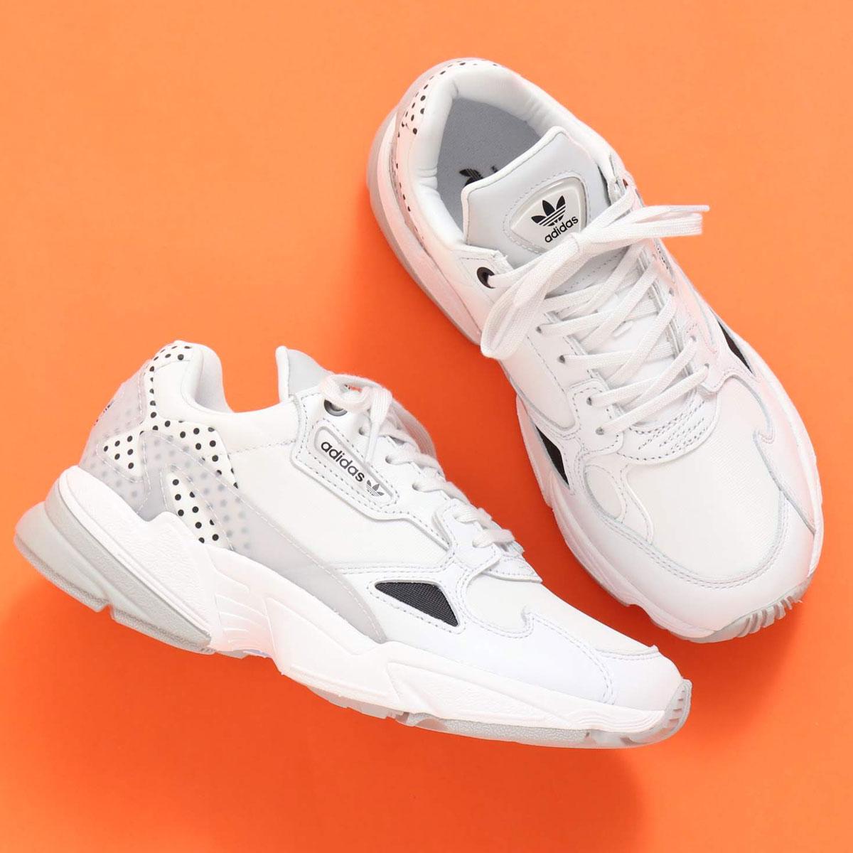 adidas ADIDASFALCON W(アディダス ファルコン)CRYSTAL WHITE/CORE BLACK/GRAY TWO【メンズ レディース スニーカー】20SS-I