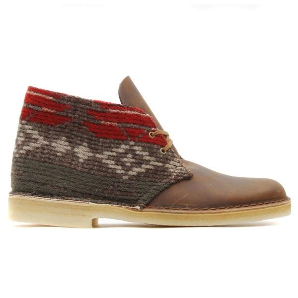 CLARKS DESERT BOOTS (Clarks desert boots) WOOLRICH WOOL/BEESWAX LEATHER 2010