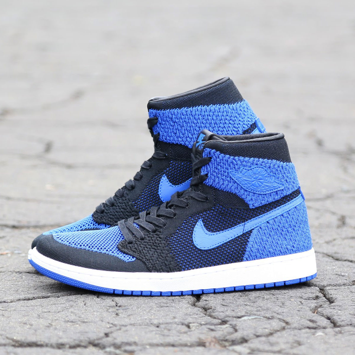 8c889355c6caff NIKE AIR JORDAN 1 RETRO HI FLYKNIT (Nike Air Jordan 1 nostalgic high fried  food knit) BLACK GAME ROYAL-WHITE 17HO-S