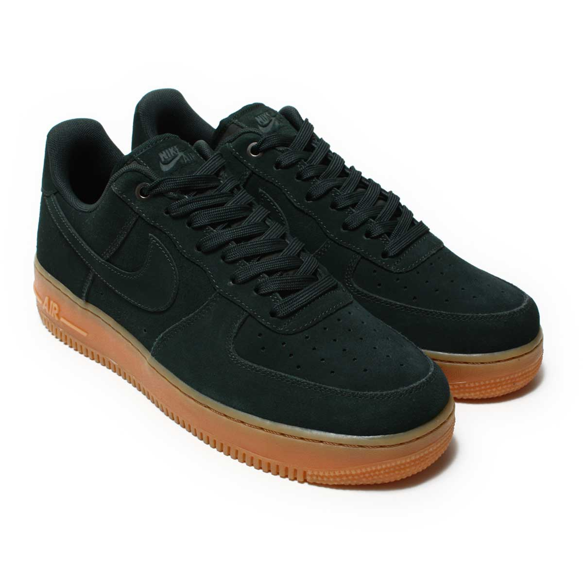 NIKE AIR FORCE 1 '07 LV8 SUEDE(ナイキ エア フォース 1 07 LV8 スエード)OUTDOOR GREEN/OUTDOOR GREEN【メンズ スニーカー】CRYOVR