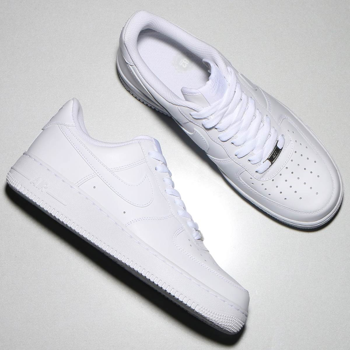 atmos-tokyo  NIKE AIR FORCE 1   07 (Nike Air Force 1   07) WHITE ... a8ae27985e