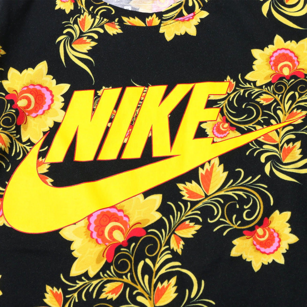 288bd78a8867 NIKEASMNSWTEECNCPTRED1(ナイキコンセプトレッドTシャツ1)BLACK TOURYELLOW メンズTシャツ