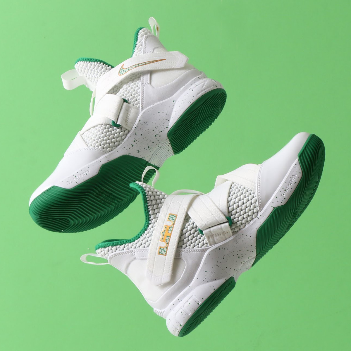 NIKE LEBRON SOLDIER XII EP(ナイキ レブロン ソルジャー XII EP)WHITE/MULTI-COLOR【メンズ スニーカー】18SU-S