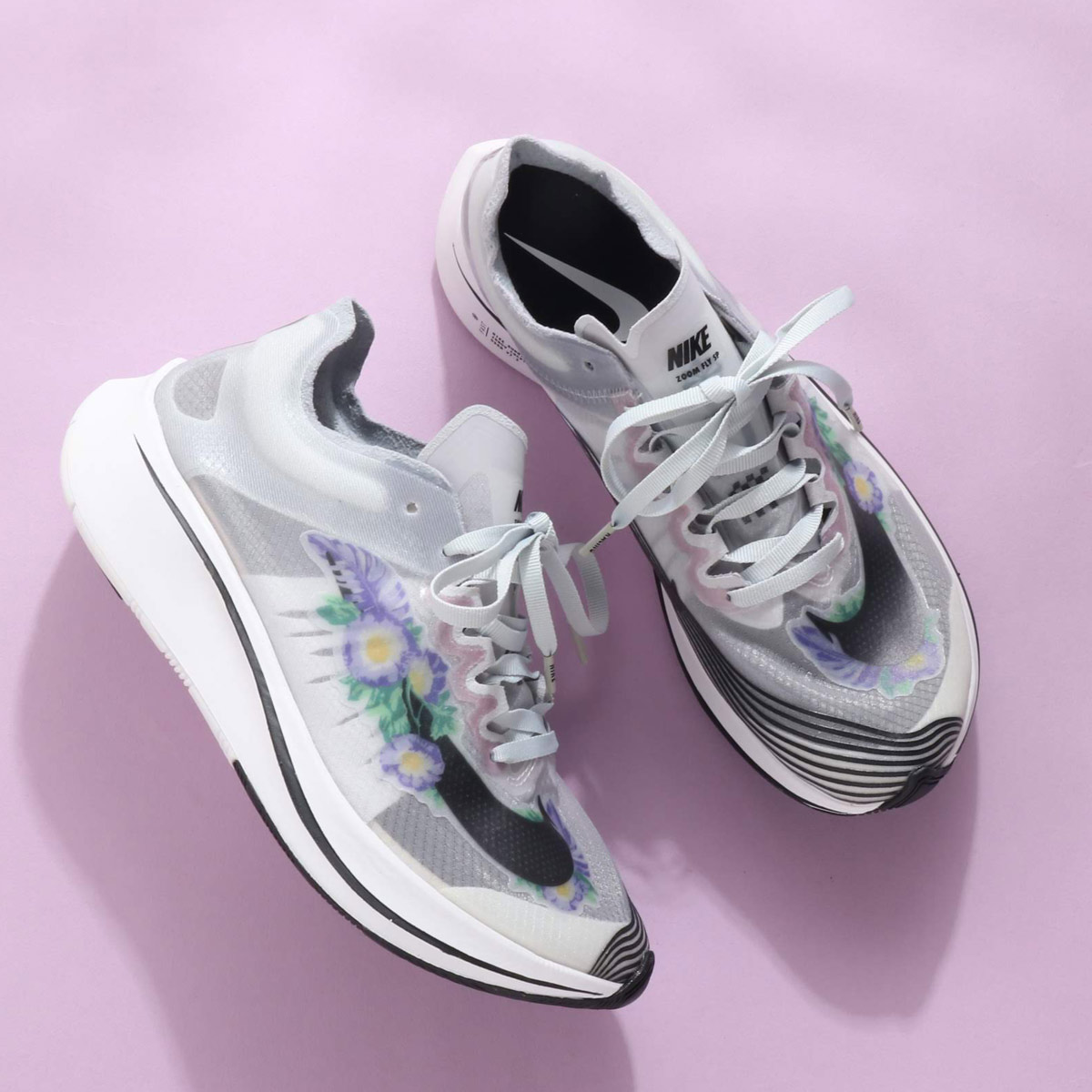 NIKE WMNS ZOOM FLY SP GPX RS (ナイキ ウィメンズ ズーム フライ SP GPX RS)PURE PLATINUM/BLACK-WHITE【レディース スニーカー】18HO-I