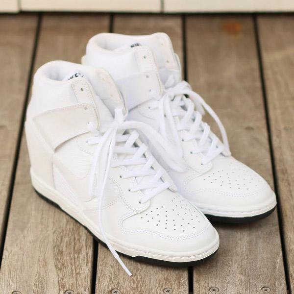 9d511f6ddfbe89 Nike Women s Dunk Sky Hi Essential Sneakers