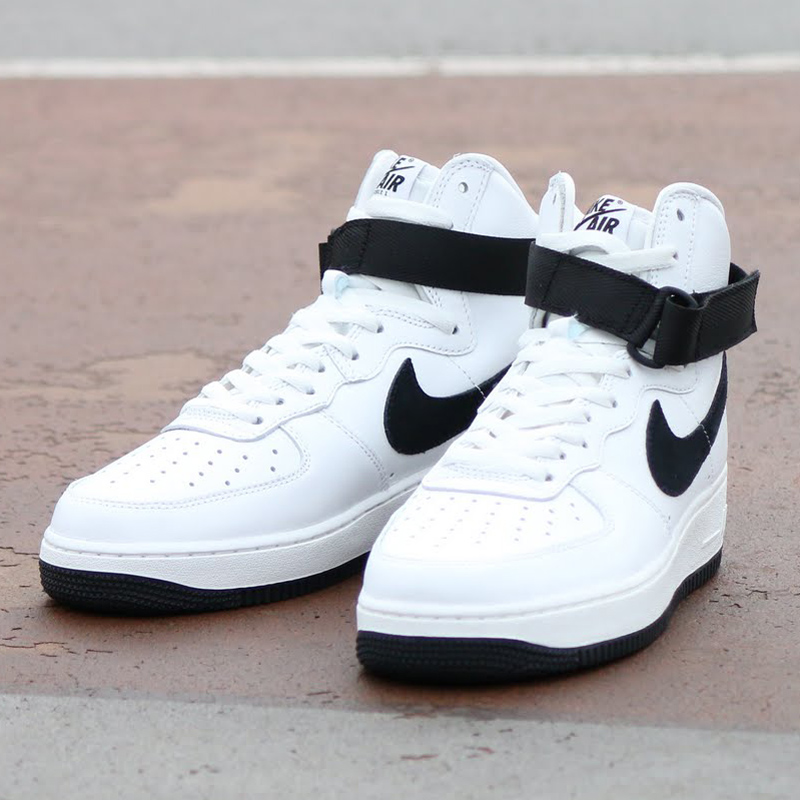 NIKE AIR FORCE 1 HI RETRO QS (Nike Air Force 1 high retro QS) SUMMIT  WHITE/BLACK 16SP-S