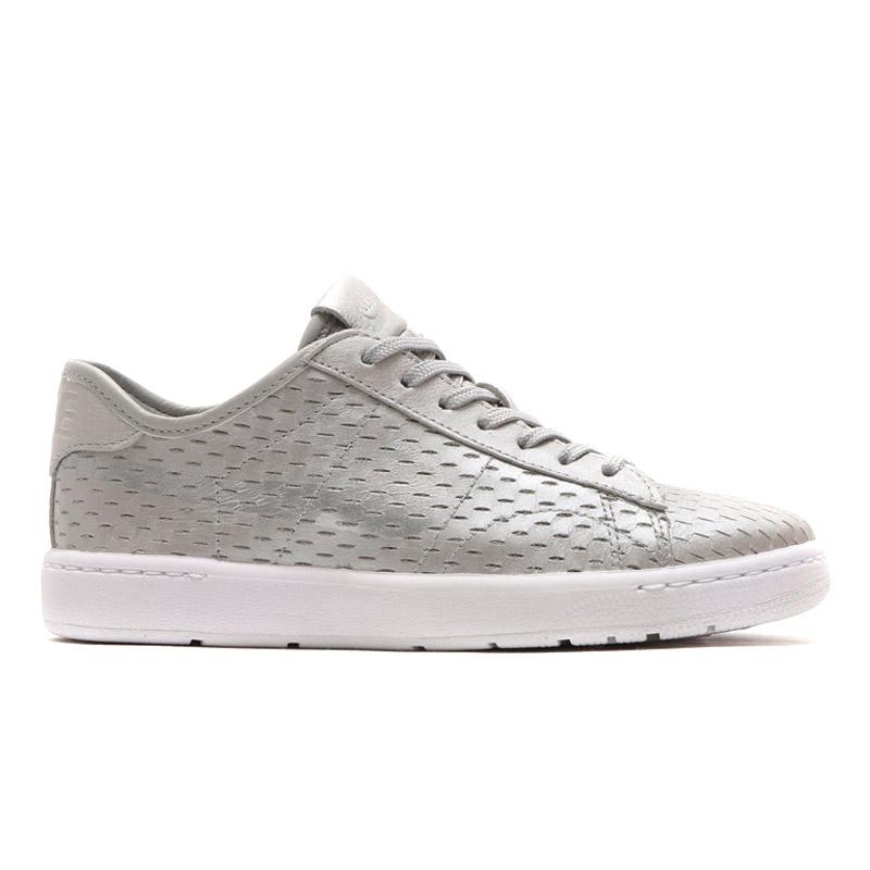size 40 04a11 603fa ... NIKE WMNS TENNIS CLASSIC ULTRA PRM (Nike wmns tennis classic ultra  premium) METALLIC SILVER ...