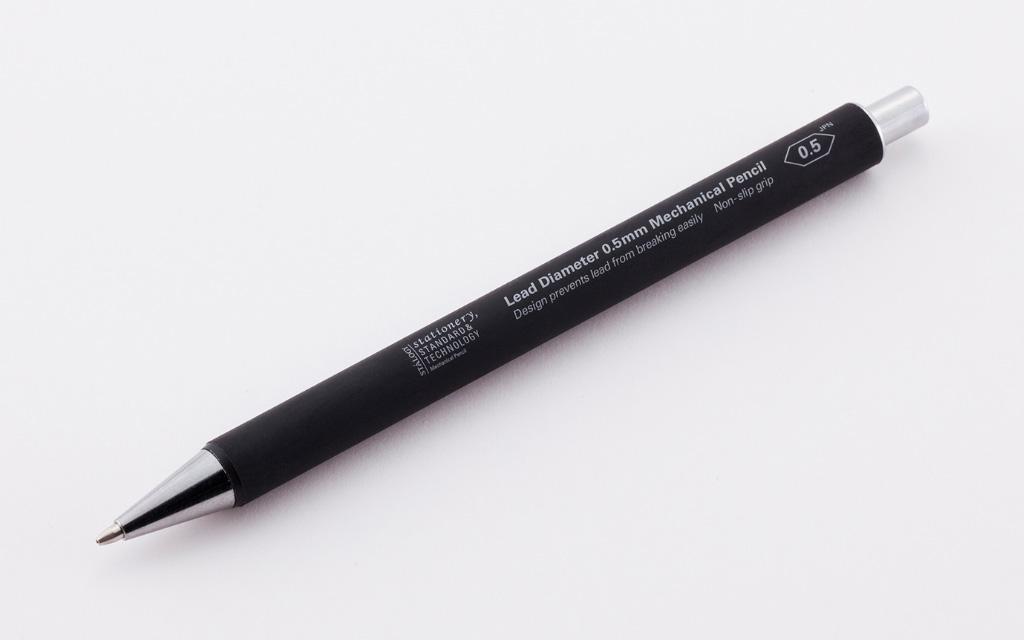 芯が折れにくい構造 贈与 持ち手もすべりにくくしました STALOGY シャープペンシル芯径0.5mm 014 国内正規品