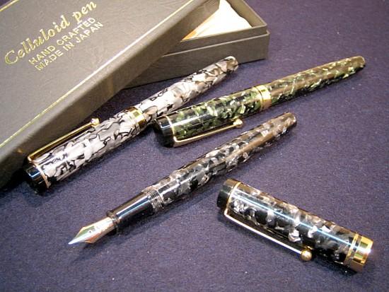 Kato seisakusho k.k. celluloid fountain pen [Tenpyo marble] gold pen.