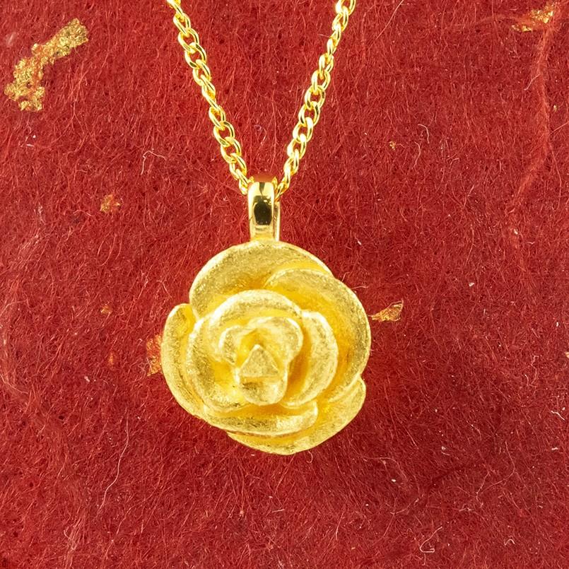 純金 ネックレス バラ ゴールド 24K ローズ ペンダント 24金 ゴールド k24 レディース 薔薇 送料無料
