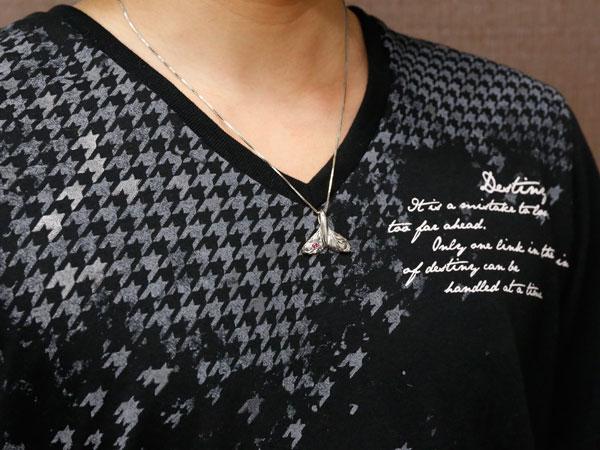 送料無料 メンズ ハワイアンジュエリーホエールテール クジラ 鯨 ルビー ネックレス ホワイトゴールドk18 ペンダント 天然石 7月誕生石 k18 18金 宝石 ファッション 18k エンゲージリングのお返し 父の日8v0ONnwm
