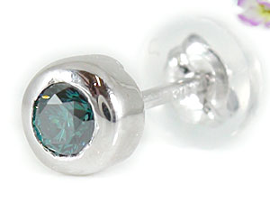 ダイヤモンド 贈り物 ファッション カップル 送料無料 スタッドピアス パートナー ペアピアス 天然石 ダイヤ 片耳ピアス ギフト 誕生日プレゼント ピアス ホワイトゴールドk18 18金 ブルーダイヤモンドピアス 18金