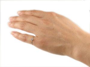 ダイヤモンドリング ホワイトゴールドk18 ピンキーリング 指輪 一粒 18金 ダイヤ 4月誕生石 ストレート 贈り物 誕生日プレゼント ギフト ファッション 18k 妻 嫁 奥さん 女性 彼女 娘 母 祖母 パートナー 送料無料FcT3lJuK1