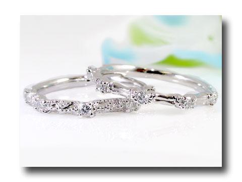 【送料無料】プラチナリング 指輪 ピンキーリング 2本セット ダイヤモンドリング 重ね付け ダイヤ 4月誕生石 ストレート 贈り物 誕生日プレゼント ギフト ファッション 妻 嫁 奥さん 女性 彼女 娘 母 祖母 パートナー