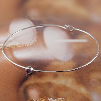 メンズ アメジスト ブレスレット 一粒 ホワイトゴールドk18 バングル 18金 2月誕生石 男性用 贈り物 誕生日プレゼント ギフト エンゲージリングのお返し