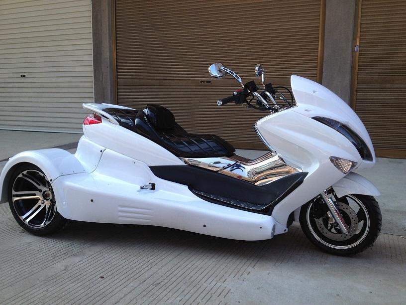 NEW マジェトライクカスタム水冷250cc バック付