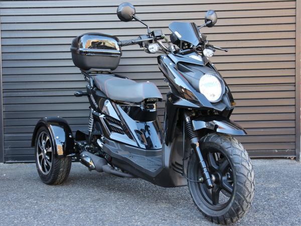 トライク50cc三輪バイクスクーターSHARK黒HL50-2Bミニカー登録
