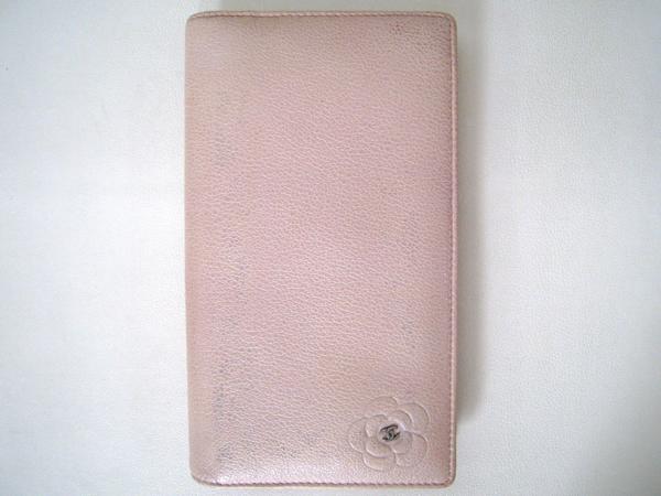 CHANEL シャネル 長財布 二つ折り長財布 カメリア 【本物】 ベビーピンク 使い易い 財布 【中古】