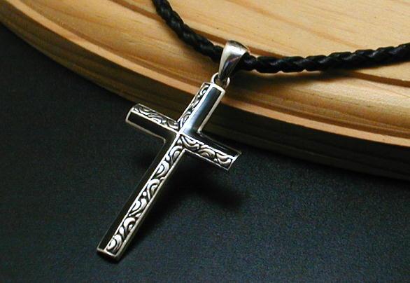 アラベスク オニキス 十字架 ネックレス クロス シルバーネックレス メンズネックレス シルバー925 シルバーペンダント メンズ シルバー ネックレス 925 アクセサリー オニキスネックレス 革紐 かわひも チョーカー