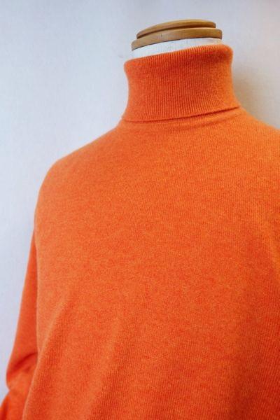 【セール35%OFF】【秋冬アウトレット現品限り品】 ジーゲラン GEEGELLAN 【日本製カシミヤセーター】【メンズウェア】【タートルネックセーター】【トップス】【ジーゲラン服】 カシミヤ100%タートルネックセーター オレンジ