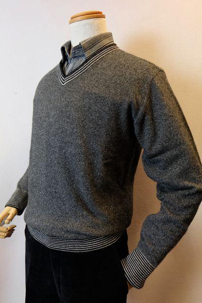 【セール35%OFF】 ジーゲラン GEEGELLAN 【日本製カシミヤセーター】【2018秋冬新作】【メンズウェア】【カシミヤ100%】【ニット】【トップス】【ジーゲラン服】 カシミヤ100%Vネックセーター グレー