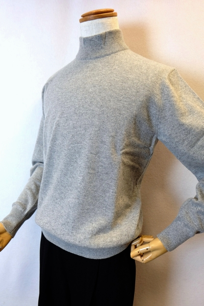 【セール35%OFF】 ジーゲラン GEEGELLAN 【日本製カシミヤセーター】【2019秋冬新作】【メンズウェア】【ハイネックセーター】【ニット】【ジーゲラン服】 カシミヤ100%ハイネックセーター ライトグレー