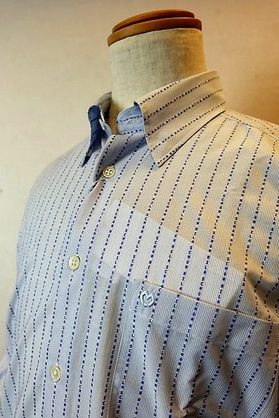 ミラショーン mila schon 【カジュアルシャツ】【2019春夏新作】【メンズウェア】【ホワイトラベル】【ボタンダウンカラーシャツ】【ミラショーン服】 ロゴストライプ隠れボタンダウンシャツ ブルー