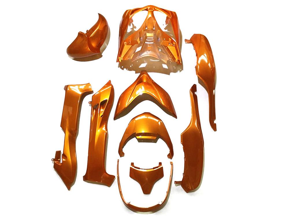 ホンダ フォルツァMF08-Z/X 外装カウル 10点セット 橙色