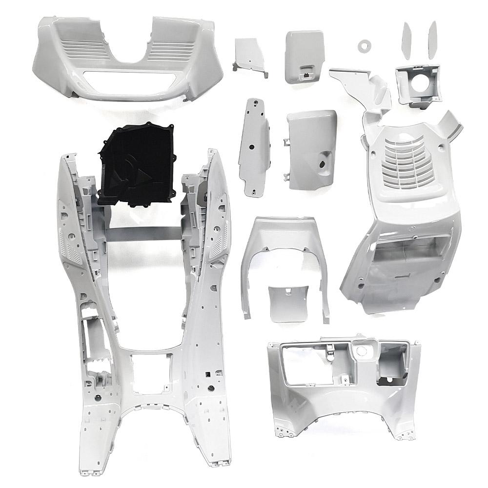特 マジェスティ 250 2型 塗装済 スクーター インナー カウル(ホワイト) セット1式 MAJESTY250