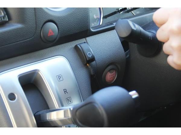 NV350キャラバン オートクルーズコントローラー