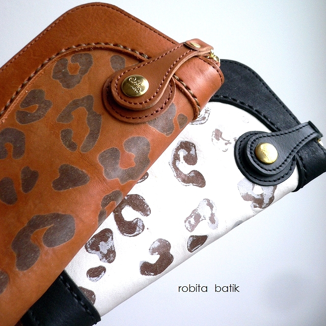 ノベルティ&レザークリームプレゼント robita ロビタ 財布 batik ろうけつ染め 縦カード ラウンドファスナー 長財布 レオパード BK-5001 キャメル/ホワイト