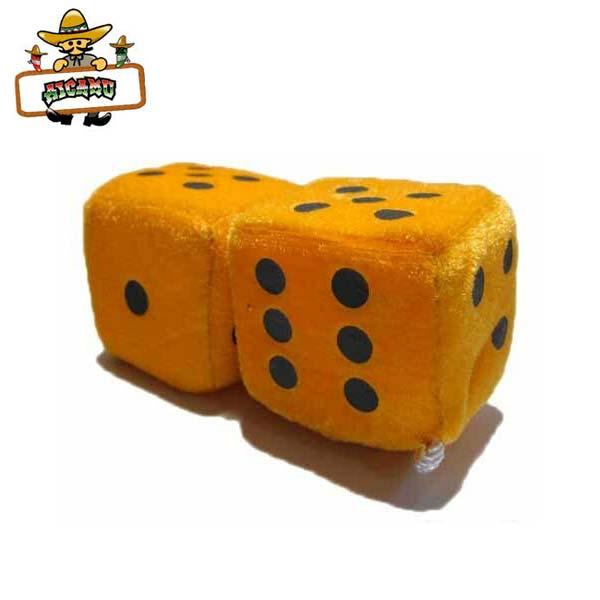 全品送料無料 ルームミラーにかけるだけっ ルームミラーハンギングふわふわダイス ネオンオレンジ 奉呈 アメリカ直輸入 サイコロ カー アクセサリー orange オートパーツファジー 橙 ダイス