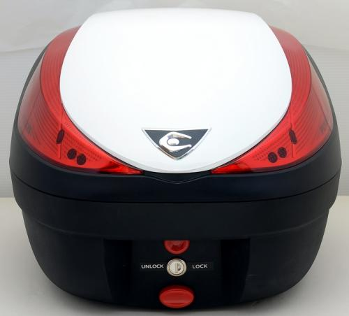 【送料無料】COOCASE[クーケース] V28 FUSION[フュージョン] SPEC-F2 パールホワイト【リアボックス】【リアケース】 キャッシュレス5%還元