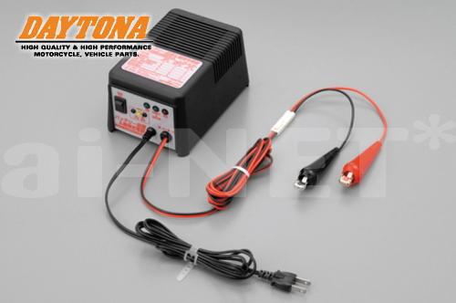 【送料無料】【DAYTONA】[デイトナ] バッテリー充電器 P2020EV3 回復&維持充電器【65928】 キャッシュレス5%還元