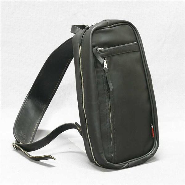 【DEGNER[デグナー]】 レザー ボディ バッグ 5S-W4T ブラック