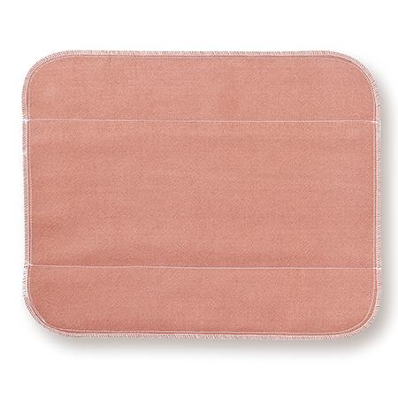 天然植物びわを草木染めしたシルク 生成り未サラシネルの生理用布ナプキン 大 大判びわ お気に入 シルク布ナプキン 通販 です