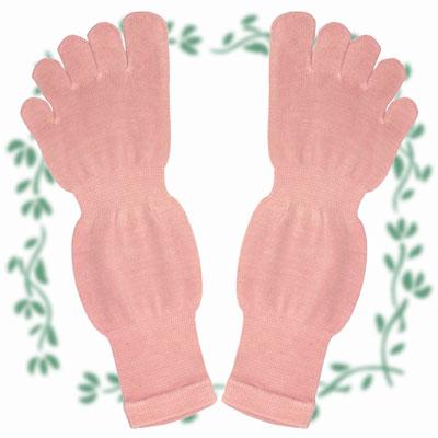 シルク5本指ソックスM 天然植物で草木染めしています トラスト 足首 履くとくるぶしの上あたりの長さです 5本指ソックスMサイズ 土踏まずにゴムが入ってとても良い履き心地 激安通販
