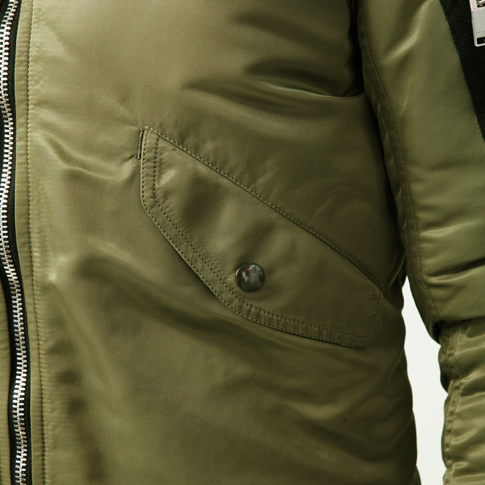Laurent SAINT LAURENT PARIS classic bomber jacket Ma-1 / Runway appearance model 397643Y530I1340 (military green nylon)