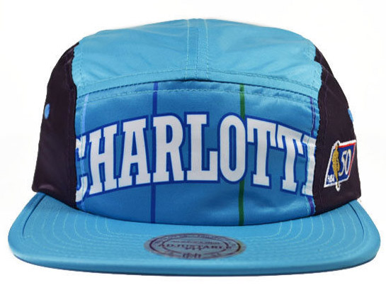 the best attitude 1fdb0 129ab MITCHELL NESS CHARLOTTE HORNETS Mitchell  amp  Ness Charlotte Hornets  STRAPBACK strap back camp Cap ...