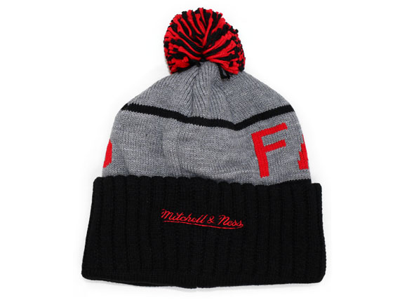 cb3ca7922dc344 ... MITCHELL NESS ATLANTA FALCONS Mitchell & Ness Atlanta Falcons knit  hat Beanie [Hat head ...