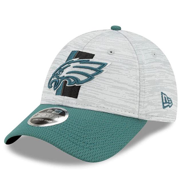 2021 2020 新作 NFLトレーニングキャンプのオフィシャルモデル ニューエラ 9FORTY フィラデルフィア イーグルス NFL TRAINING CAMP PHILADELPHIA STRETCH-SNAPBACK ERA GREY-GREEN EAGLES 出荷 21_6_4 NEW トレーニングキャンプ CAP