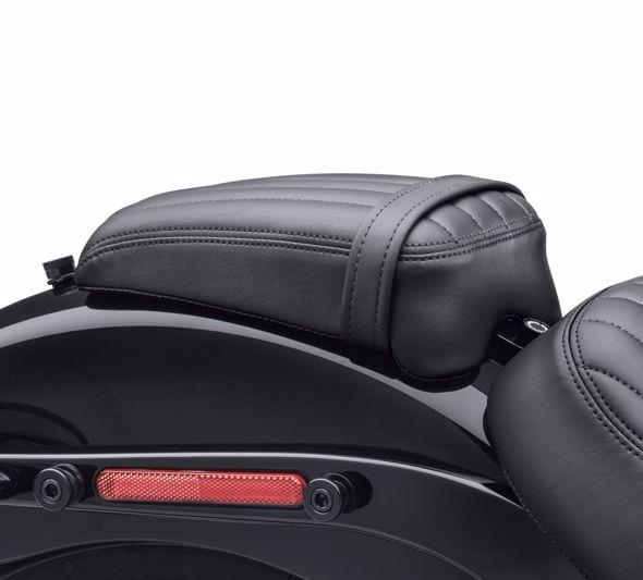 【52400128】 パッセンジャーピリオン ストリートボブ 2018年以降FXBBで標準装備ソロシート装着車 ハーレー純正パーツ