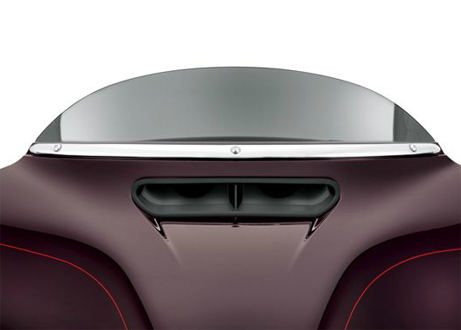 【61300310】 クローム・ウインドシールドモールディング:2014年以降FLHT、FLHXモデルに適合 ハーレー純正パーツ