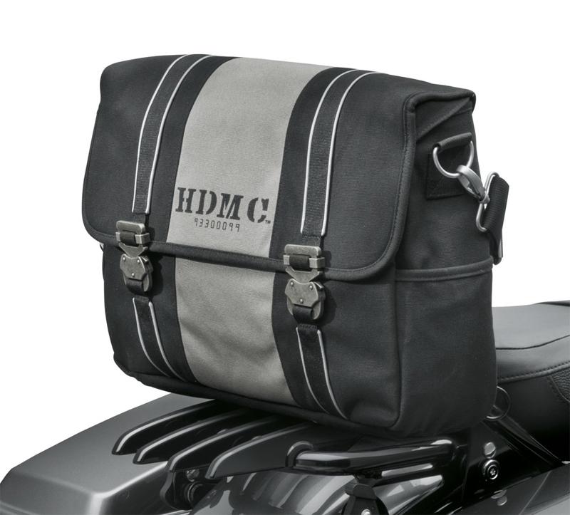 【93300099】 HDMCメッセンジャーバッグ ブラック/シルバー ハーレー純正パーツ
