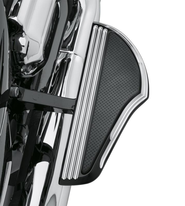 【50500528】 ディファイアンス パッセンジャーフットボードキット マシンカット 06年以降ダイナ、00年以降ソフテイル、86年以降ツーリング パッセンジャーフットボードサポート装着車 ハーレー純正パーツ