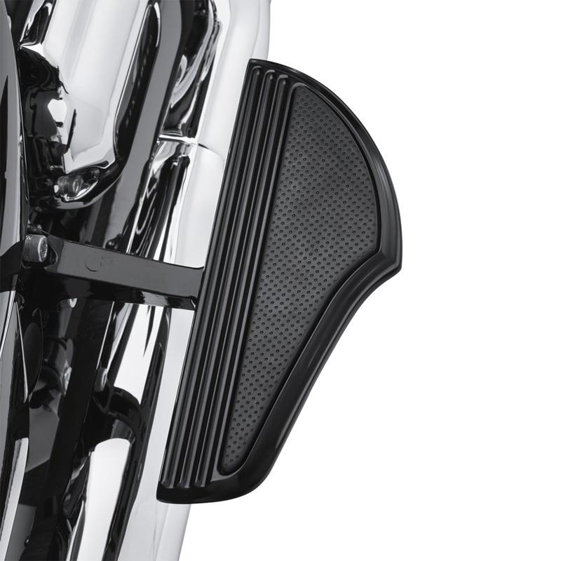【50500667】 ディファイアンス パッセンジャーフットボードキット ブラックアノダイズド 06年以降ダイナモデル 00年以降ソフテイル 86年以降ツーリングモデルでパッセンジャーフットボードサポート装着車 ハーレー純正パーツ